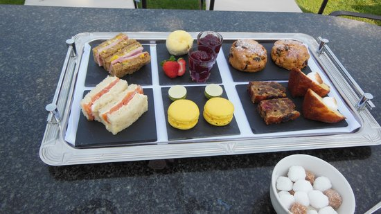 Titchwell Manor Hotel: Afternoon tea