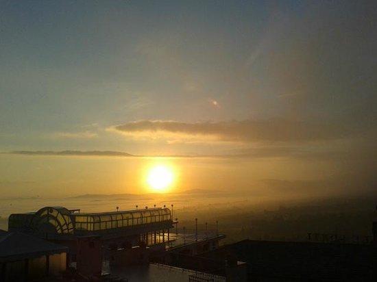 Hotel Mizar: Sunset from balcony
