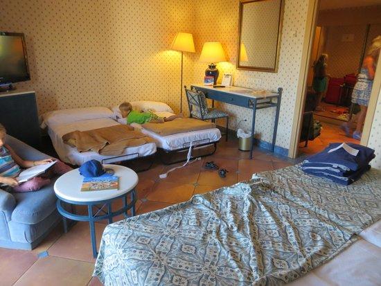 """Melia Tamarindos: Superior-Zimmer mit 2 """"Queen-Size-Betten""""!!-lol"""