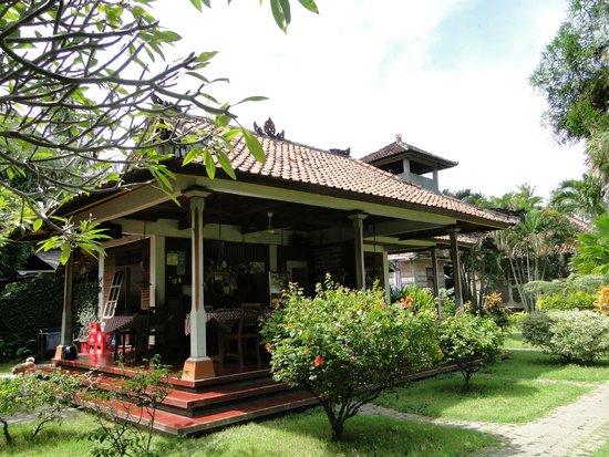 Bayu Mantra Bungalows: Ресторан