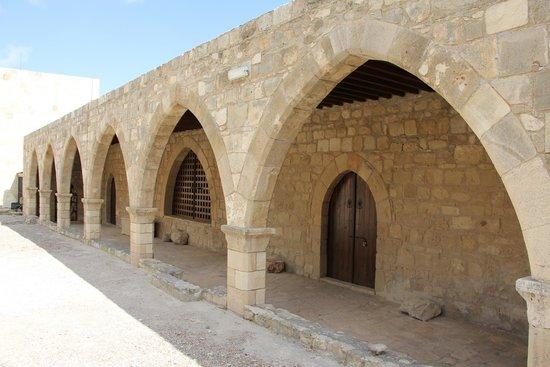 Palepaphos, Sanctuary of Aphrodite: во внутреннем дворике