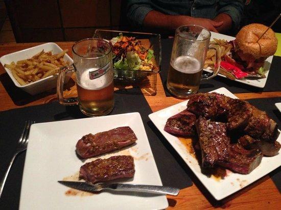 SURF ARINSAL: Burger & viande pour 2