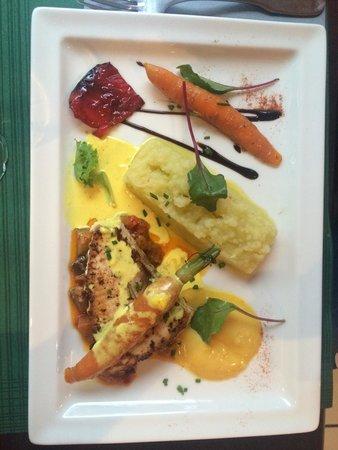 Hotel balladins Lyon/Chanas: Le plat de mon époux aussi bon que beau