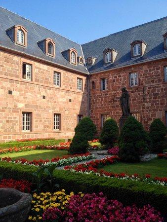 Mont Sainte Odile Convent: Innenhof