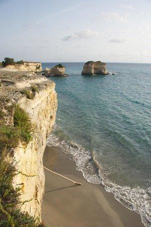 B&B Persichella: Isolated beaches near the hotel.