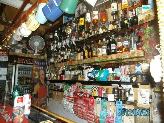 Ta Linda's Bar