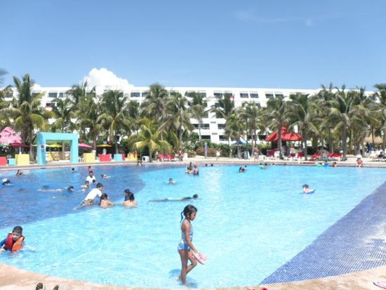 Grand Oasis Cancun: piscina 2