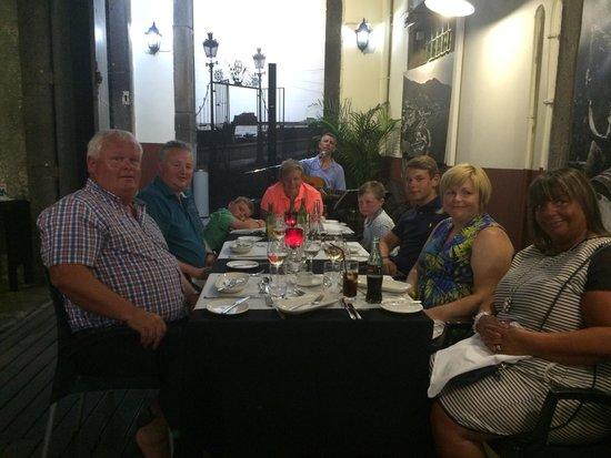 Armazem do Sal : Fantastic meal with friends