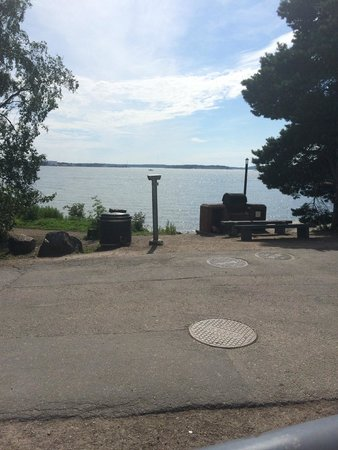 Helsinki Zoo: A place for barbecue