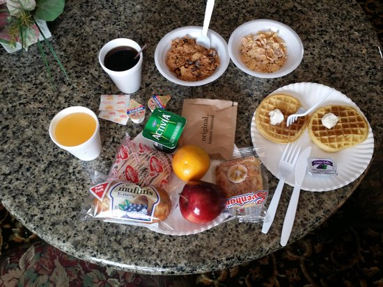 Super 8 Covington: break fast
