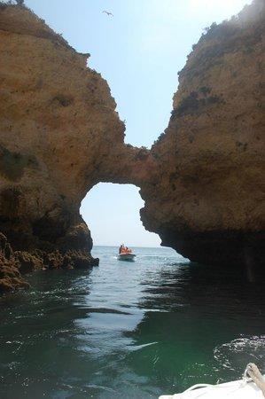 Ponta da Piedade : Caves