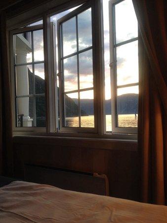 Quality Hotel Voeringfoss: Utsikten fra sengen på rom 217