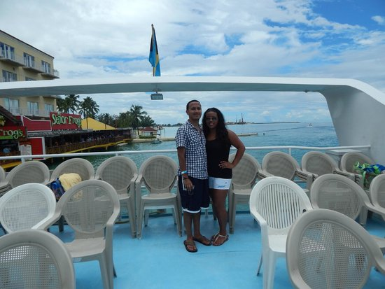 Booze & Cruise: Boarding in downtown Nassau