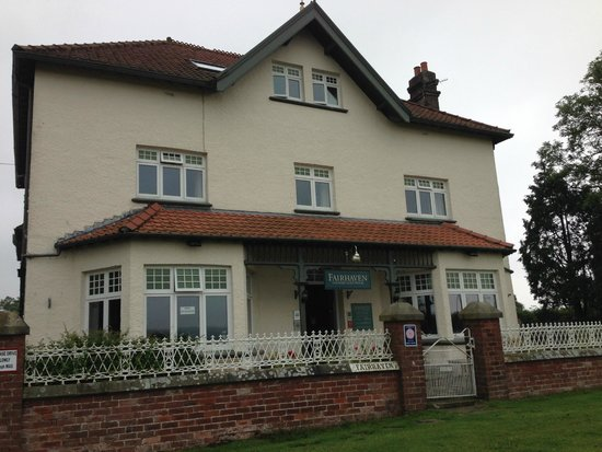 Fairhaven Country Guest House: Front of the B&B