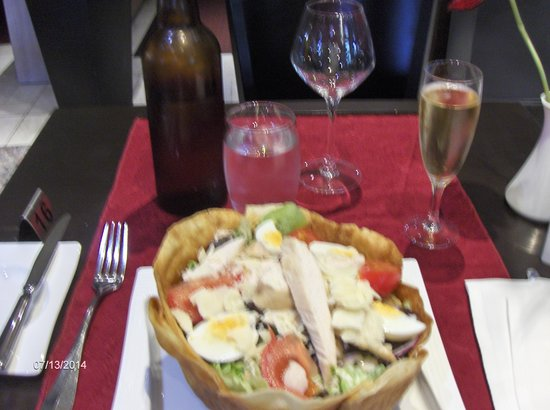 Holiday Inn Calais - Coquelles : Salad