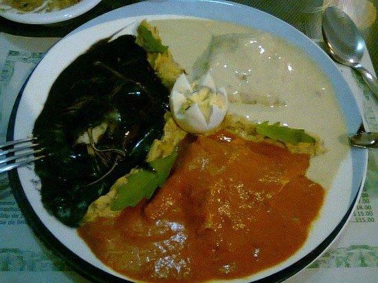 La Chaya Maya: un platillo pensando en el el cliente, 3 comidas tipicas en un solo platillo