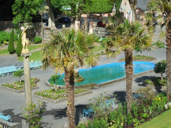 Hotel Portmeirion: View of the Piazza