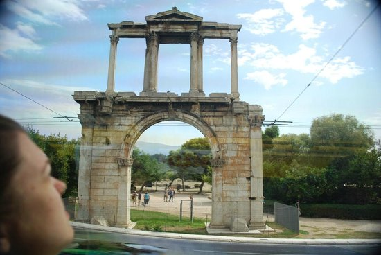 Arch of Hadrian (Pili tou Adrianou): Hadrian's Arch from the road.