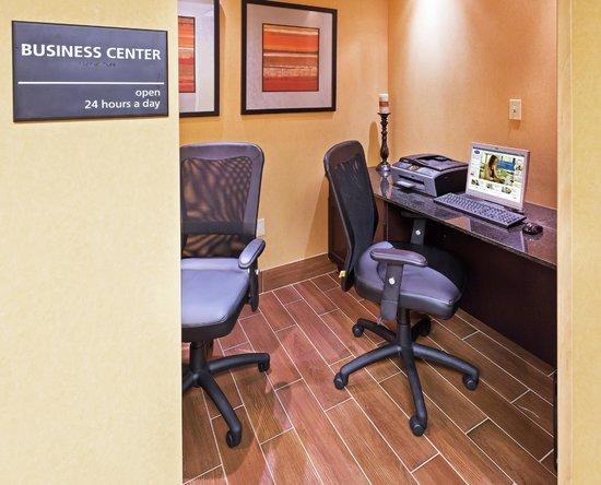 Hampton Inn Norman: Business Center