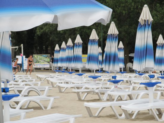 Hotel Althea: Пляж