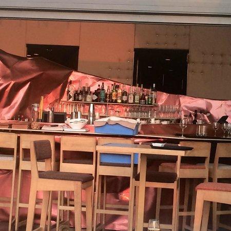 Kwint: Impressive Arne Quinze Bar