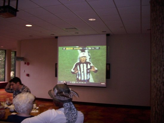 Hyatt Regency Austin: Watch Your sporting event, here!