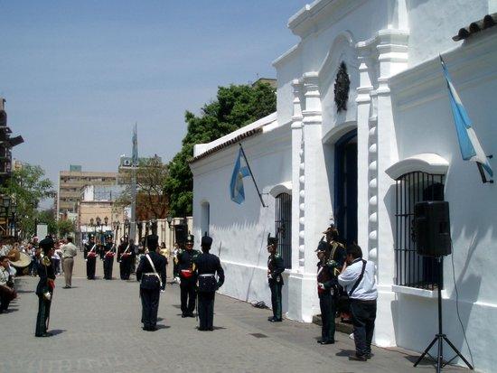Casa Historica de Tucuman: Vista exterior de la casa