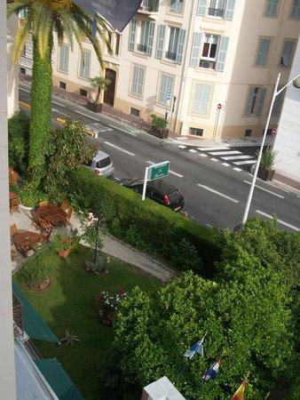 Hôtel Brice Garden : vu de la terrasse 2