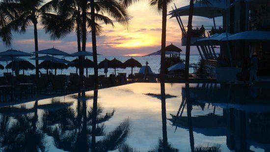 Secrets Vallarta Bay Resort & Spa: Sunset From Oceana