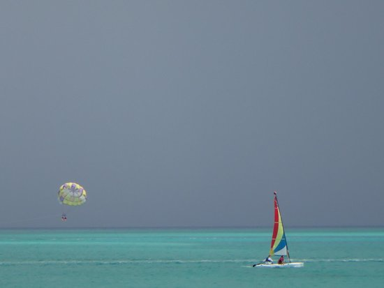 Club Med Turkoise, Turks & Caicos: parasailing