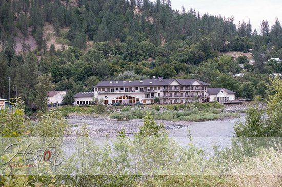 Best Western Lodge At River's Edge: Hotel River Side