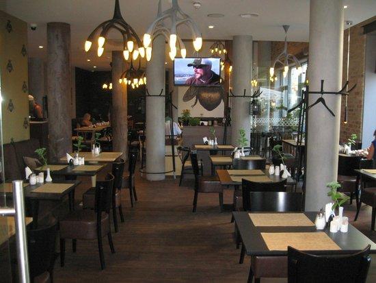 Wellton Centrum Hotel & SPA: sala colazione