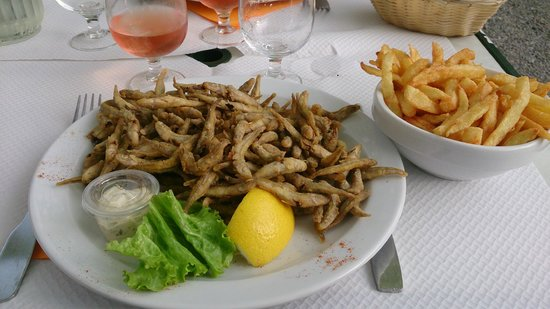 petite friture frites photo de la trinquette annecy le vieux tripadvisor. Black Bedroom Furniture Sets. Home Design Ideas