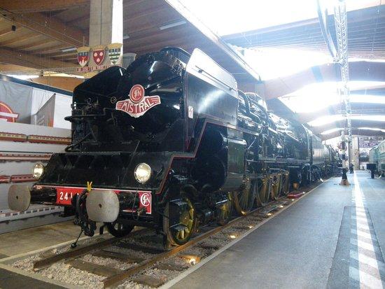 Cite du Train: train a vapeur