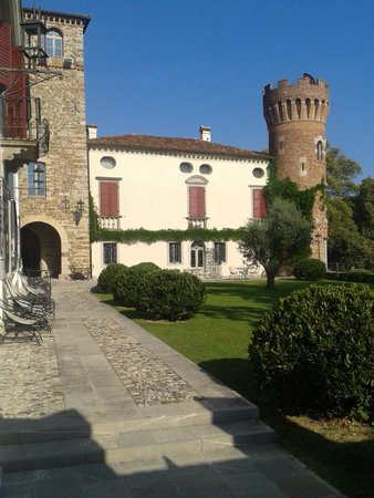 """Castello di Buttrio: """"fuori dal mondo"""""""