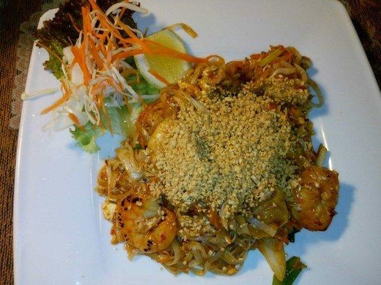 Parazs Preszo: Spaghetti di riso fritti con gamberetti, verdurine, uova e noccioline