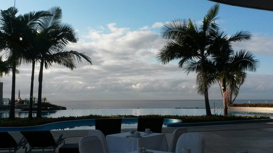 Pestana Casino Park Hotel: Breakfast with a view