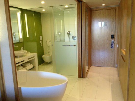 EPIC SANA Algarve Hotel: The Bathing Area