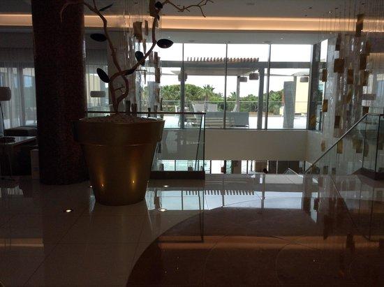 EPIC SANA Algarve Hotel: The Reception Area