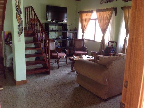 Hotel Inn Jimenez : Common Area Living Room