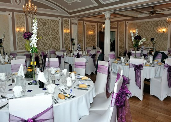 Lincombe Hall Hotel: Wedding Breakfast set up