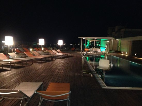 Pullman Barcelona Skipper : Rooftop Pool and Bar