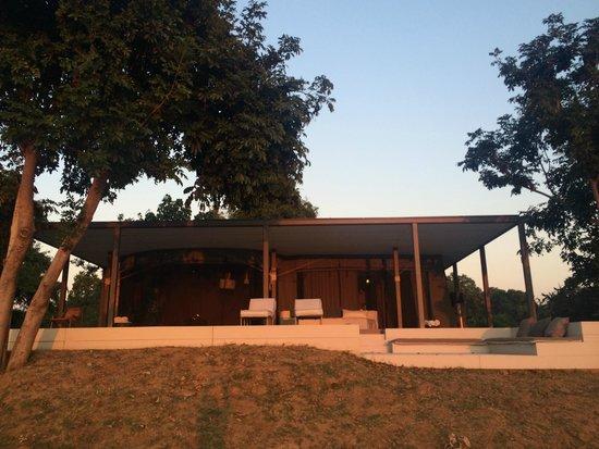 Chinzombo - Norman Carr Safaris : Our room