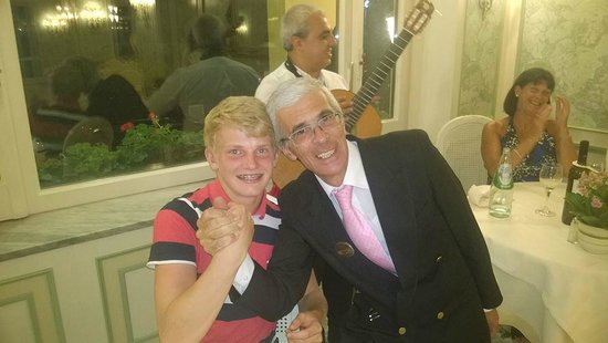 Grand Hotel De La Ville Sorrento: Adam and his favorite staff member Enzo