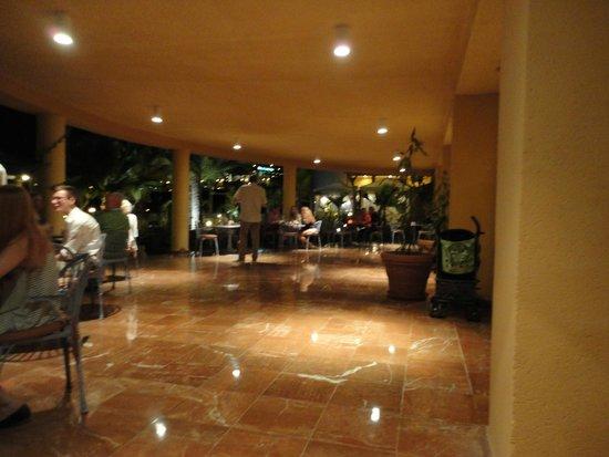 Iberostar Fuerteventura Palace: bar area