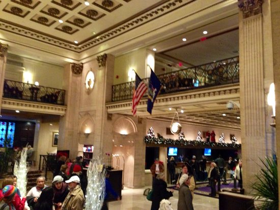 The Roosevelt Hotel : Roosevelt lobby