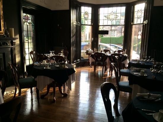 23 Mayfield: Breakfast area