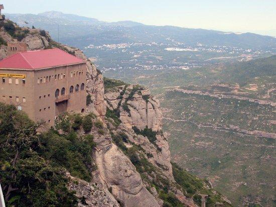 Montserrat Monastery: Под облаками