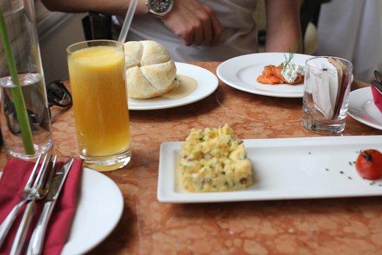Quisisana Palace: Breakfast