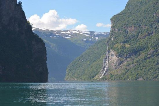 Geiranger Fjord : Sailing on the Fjord